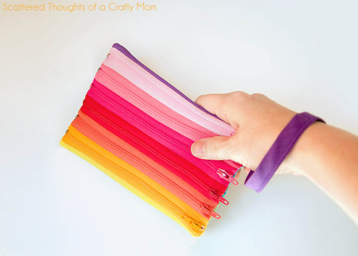 Make Rainbow Zipper Pouch
