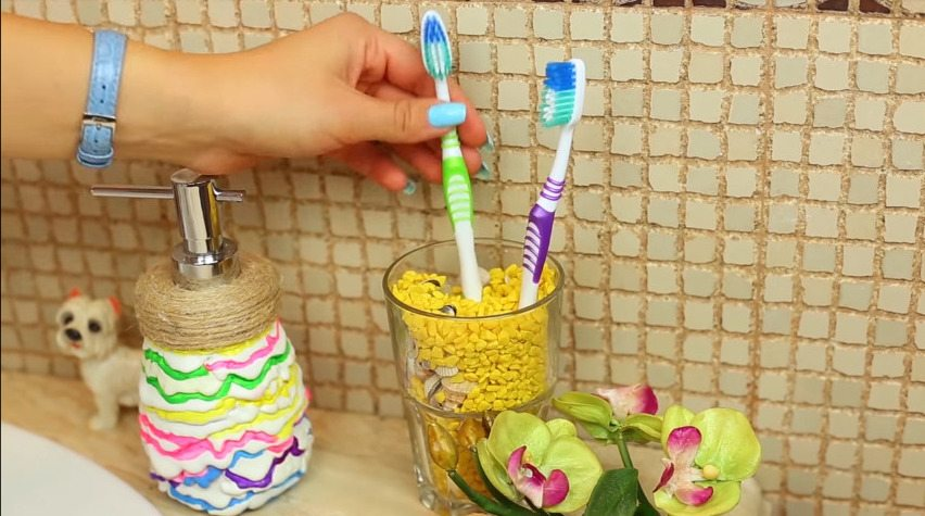 How to make cute navy bathroom decorations49