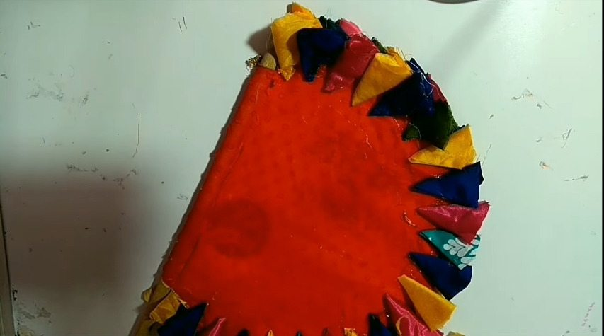How-to-make-hand-fan-from-waste-aata-bag-and-old-clothes10