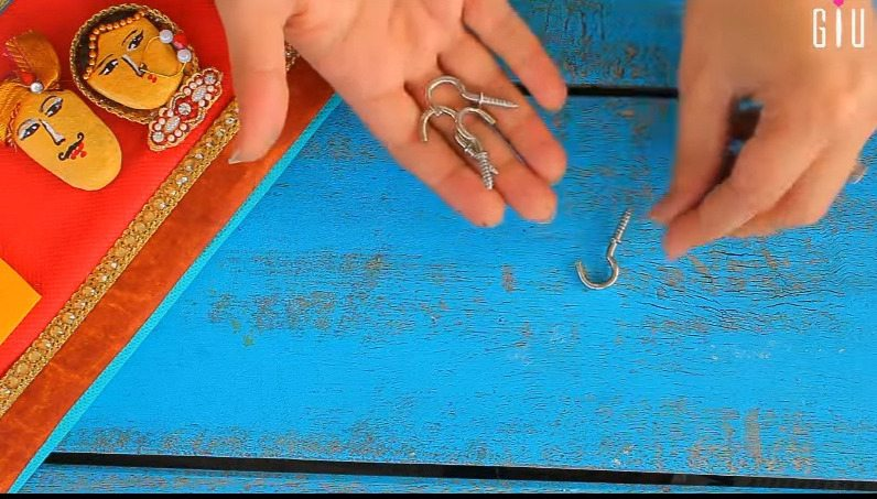 How to make key chain holder for decorating walls using waste material20
