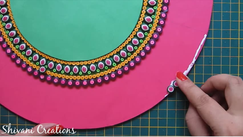 How to make quilling wall mirror23