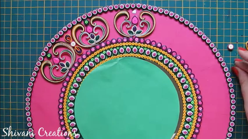 How to make quilling wall mirror32