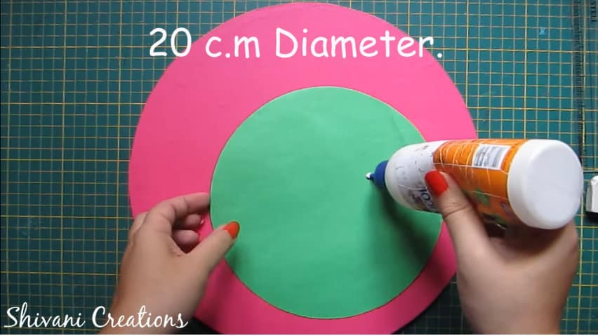 How to make quilling wall mirror4
