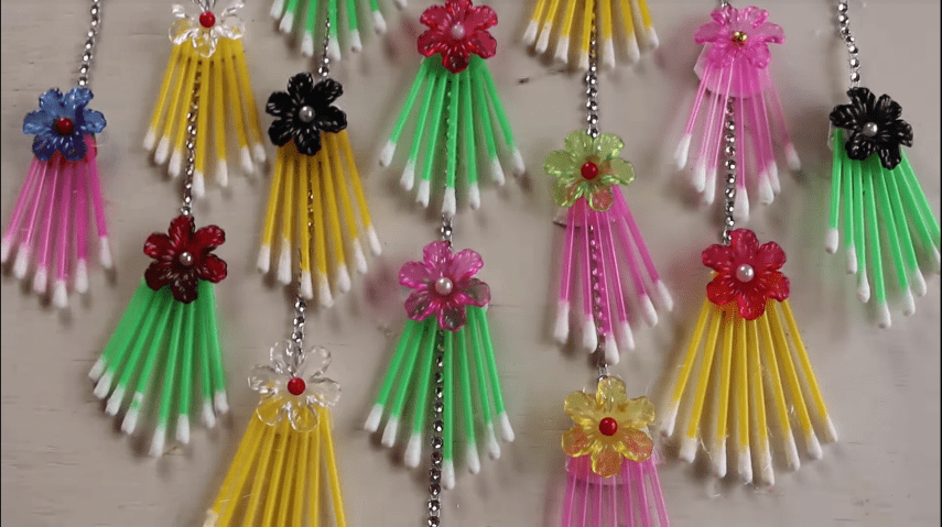 How to make wall hanging using cotton buds12