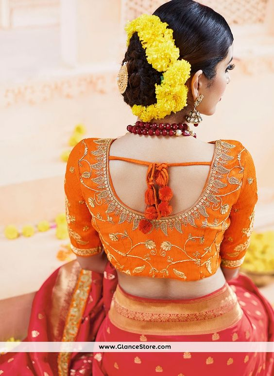 /Trendy-silk-saree-blouse-designs-19.