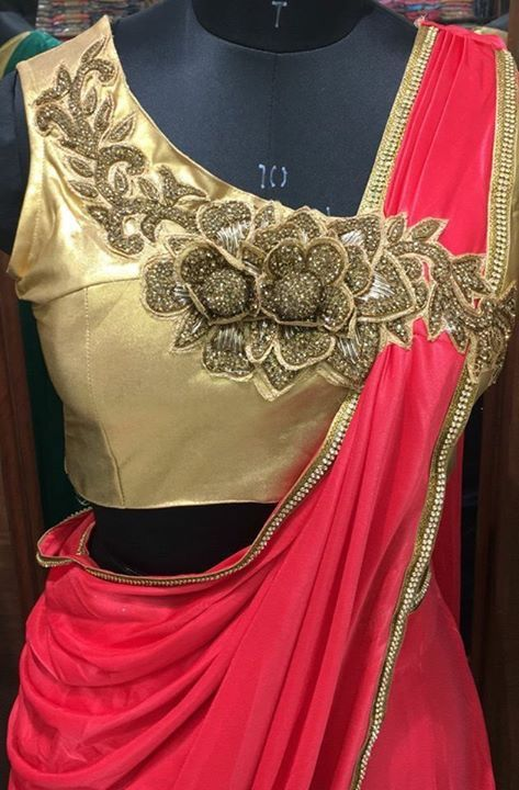 Trendy-silk-saree-blouse-designs-21