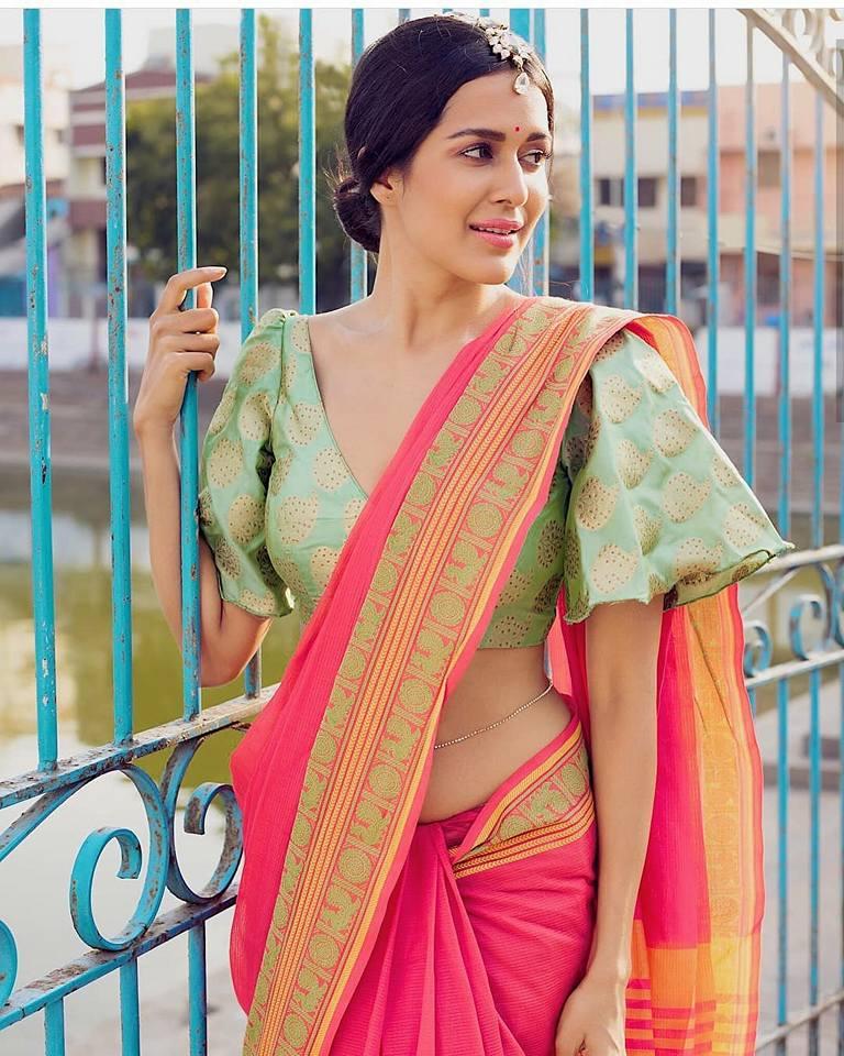 Fancy designer blouse for party wear sarees1