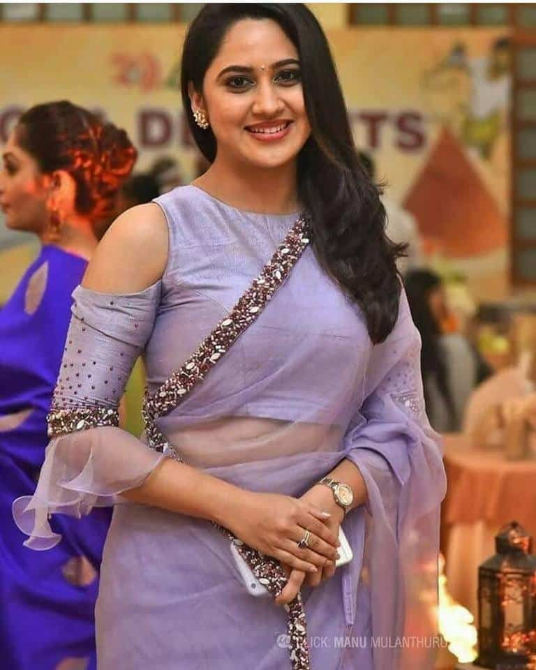 Fancy designer blouse for party wear sarees2