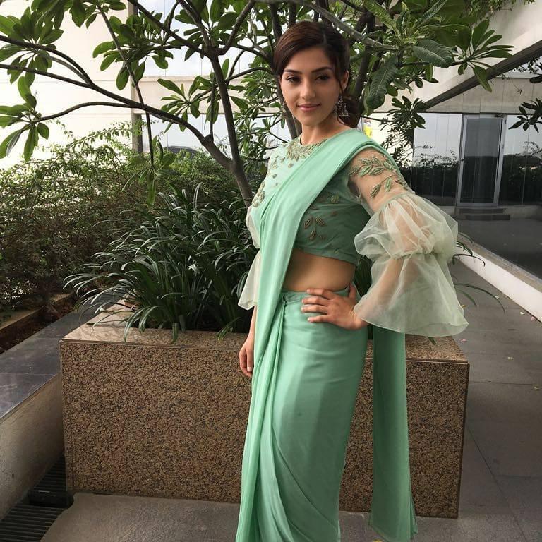 Fancy designer blouse for party wear sarees3