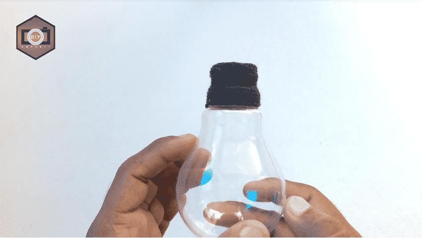 How to build a mini aquarium use waste electric bulb10
