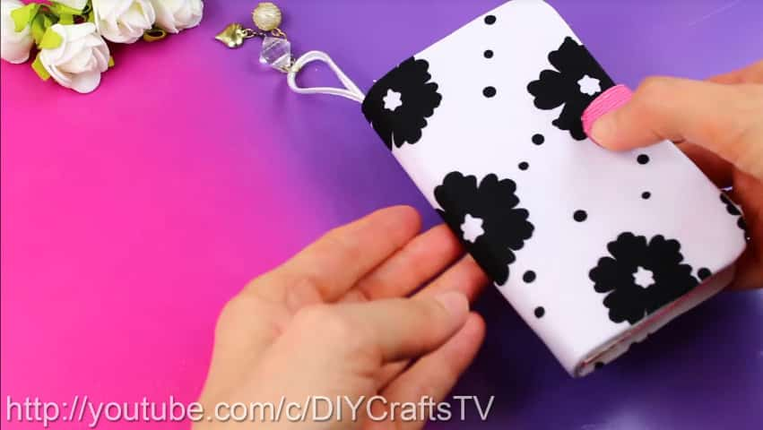 How to make a cute phone case really easy18