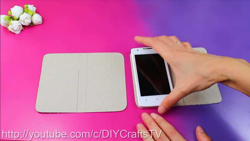 How to make a cute phone case really easy2