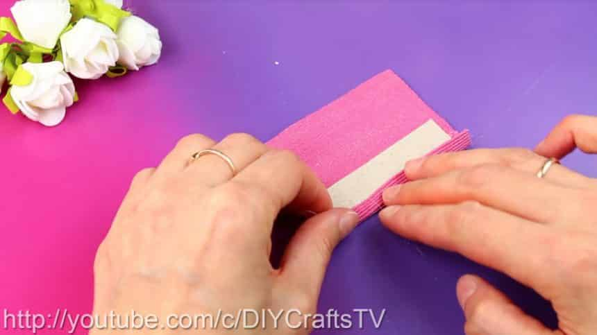 How to make a cute phone case really easy8