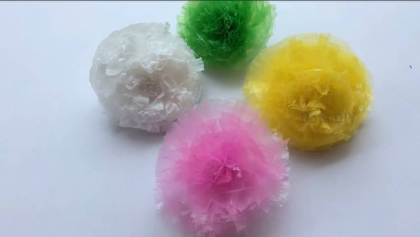 How to make a flower from plastic cover12