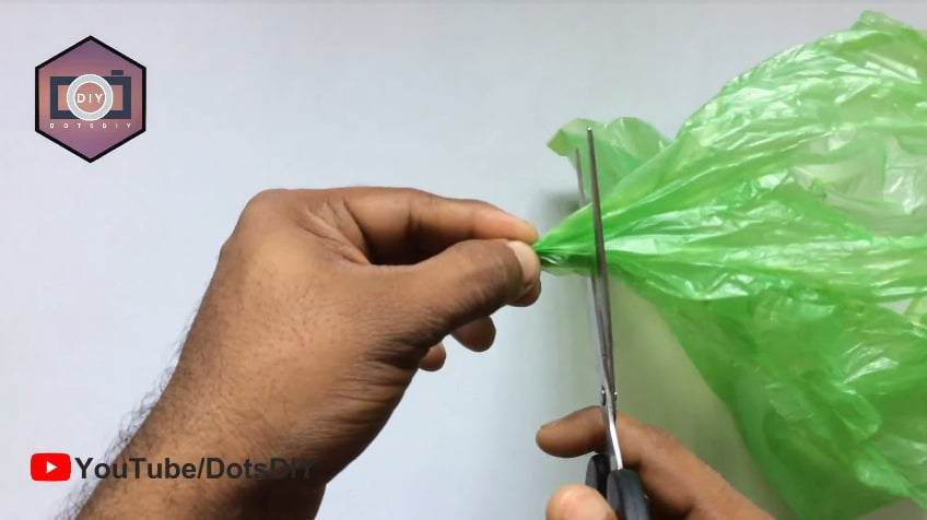 How to make a flower from plastic cover4