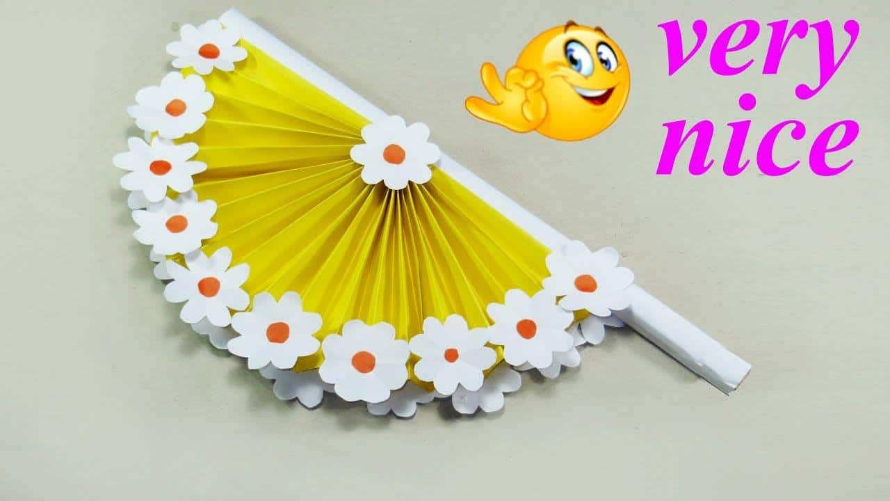 How to make hand fan out of color papers1
