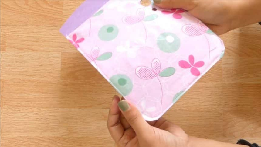 How to make mobile cover at home19