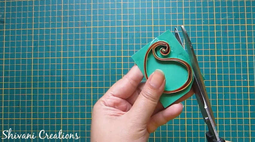 How to make paper quilling necklace set14