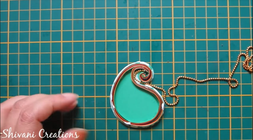 How to make paper quilling necklace set15