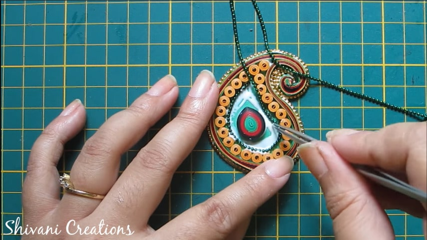 How to make paper quilling necklace set18