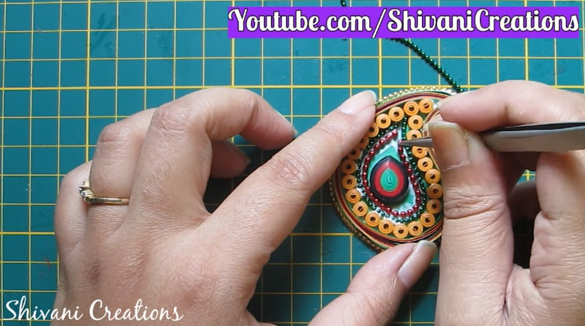 How to make paper quilling necklace set19