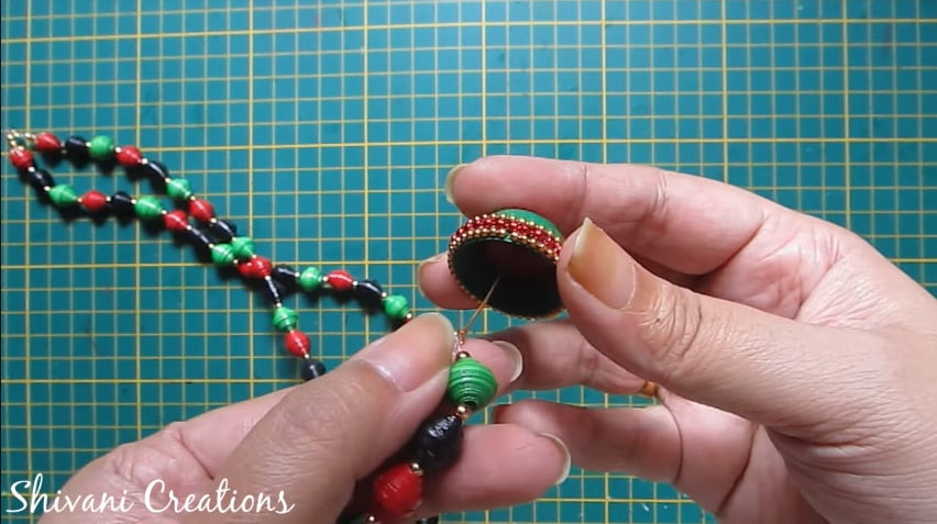 How to make paper quilling necklace set29