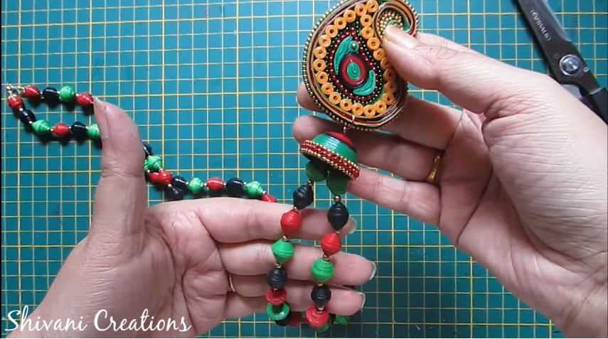 How to make paper quilling necklace set31