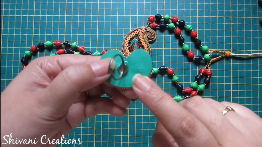 How to make paper quilling necklace set35
