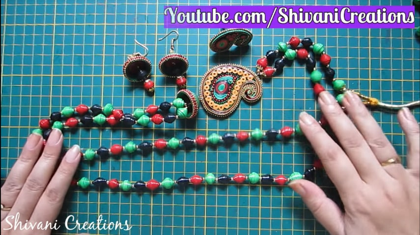 How to make paper quilling necklace set37