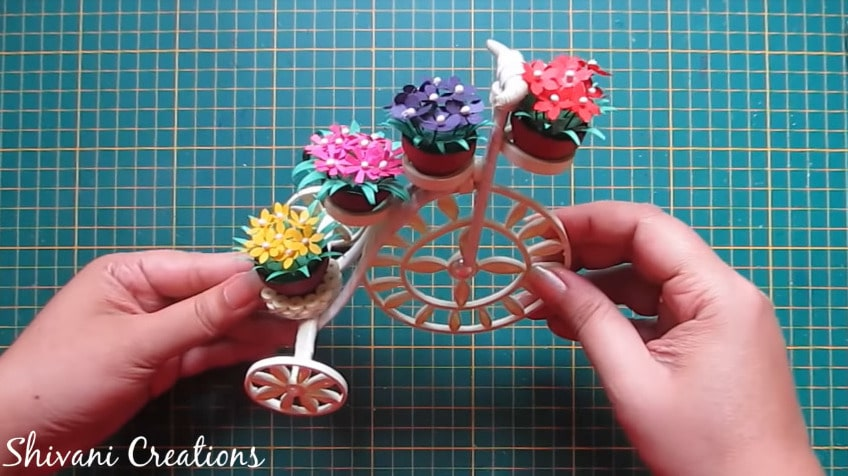 How to make quilled tricycle miniature plant stand45