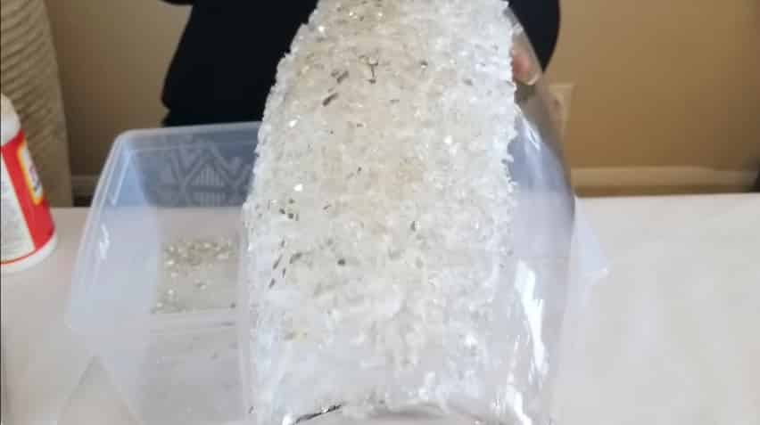 How to make vase from crushed glass7