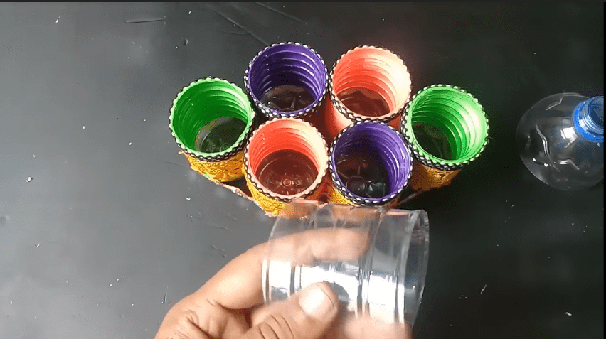 How to make an organizer from plastic bottle15
