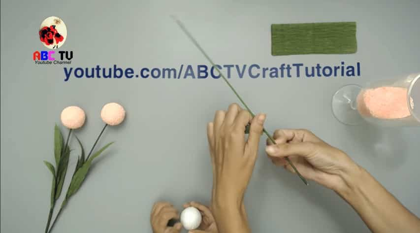 How to make flower from foam beads3