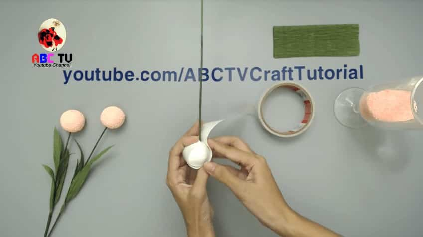 How to make flower from foam beads5