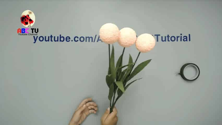How to make flower from foam beads9