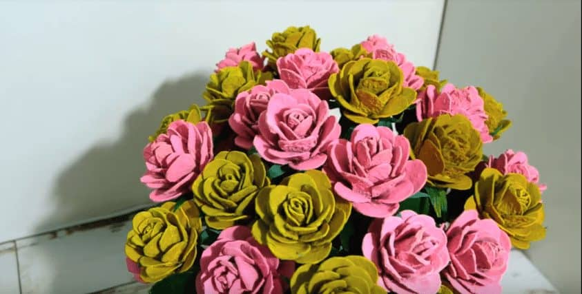 Beautiful Roses from Recycled Egg Carton Box