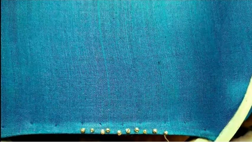 Plain set saree blouse design