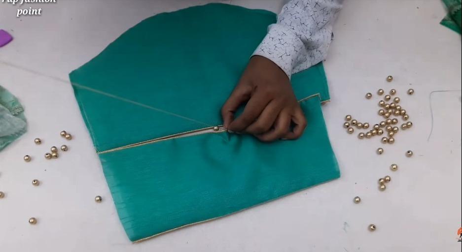 Creative Mohri Sleeve Design Making