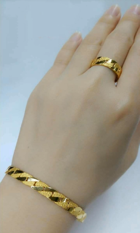 Latest Gold Bracelet and Ring Designs
