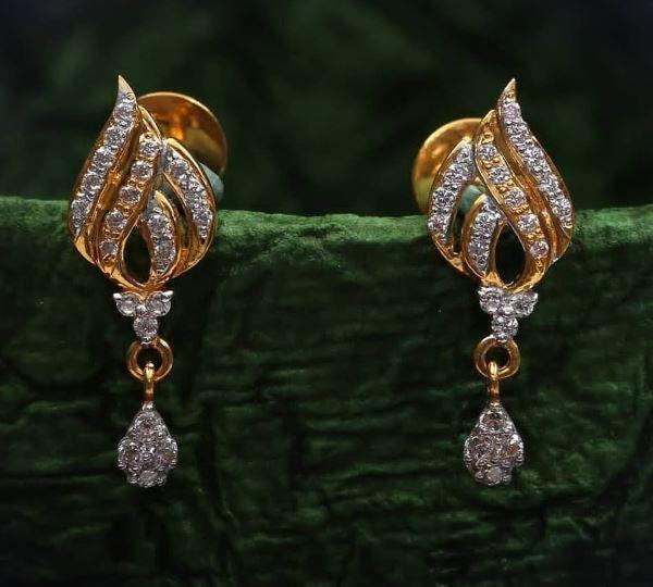 Light Weight Golden Latkan Earrings