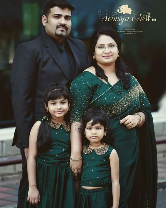 Matching Family Outfits for Marriage