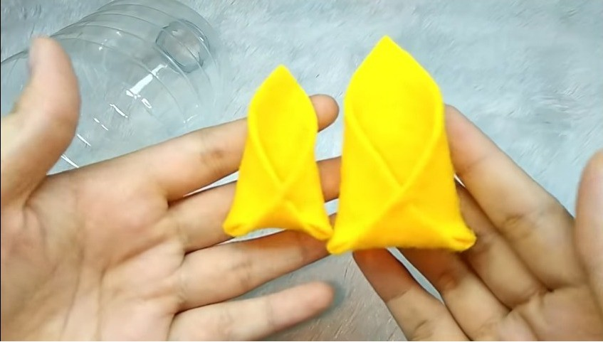 Pineapple-Shaped Candy Container