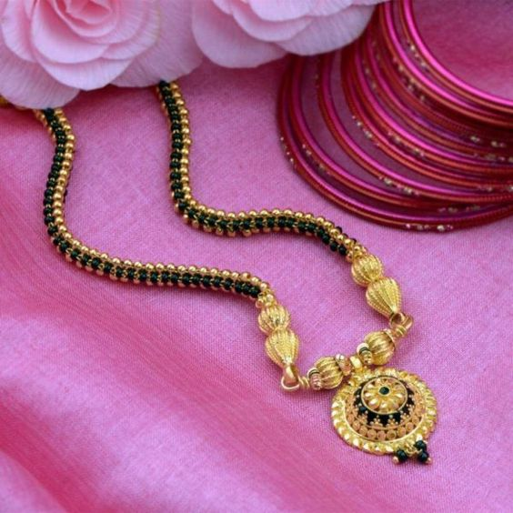 10 Stunning mangalsutra designs for the new bride