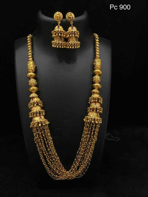 Gold Necklace Designs in 30 Grams