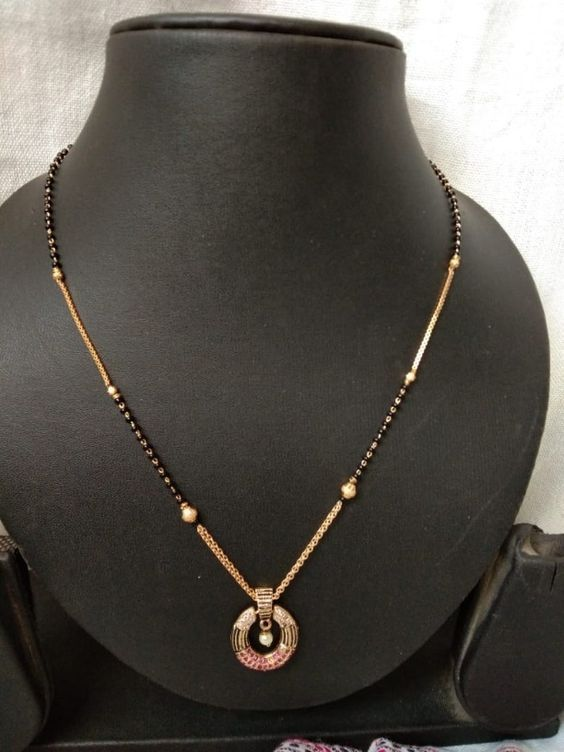 20 Modern short mangalsutra designs for a sleek and stylish look 9