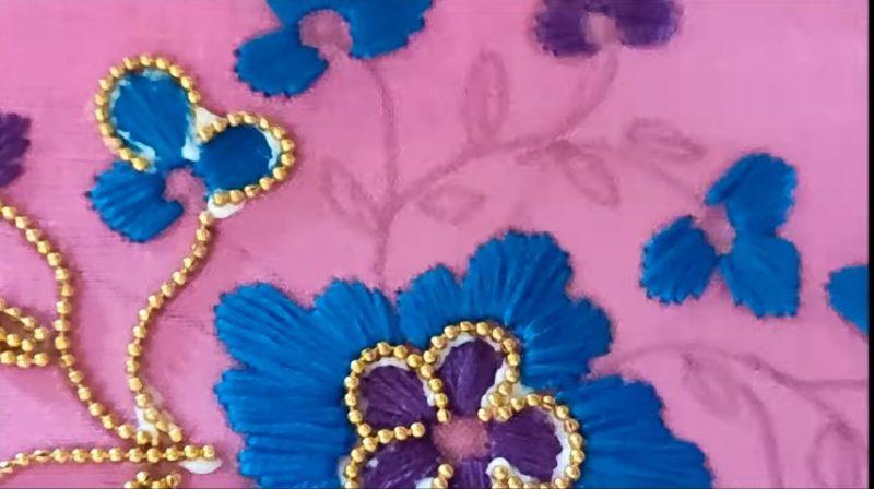 gluing golden beads1