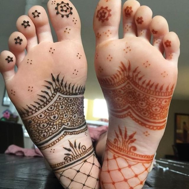 Best mehandi designs on the sole of the foot 14