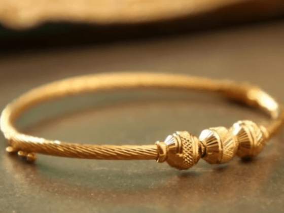 Exclusive gold bangles designs 20