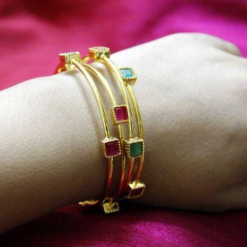 Gold bangle with unique designs12