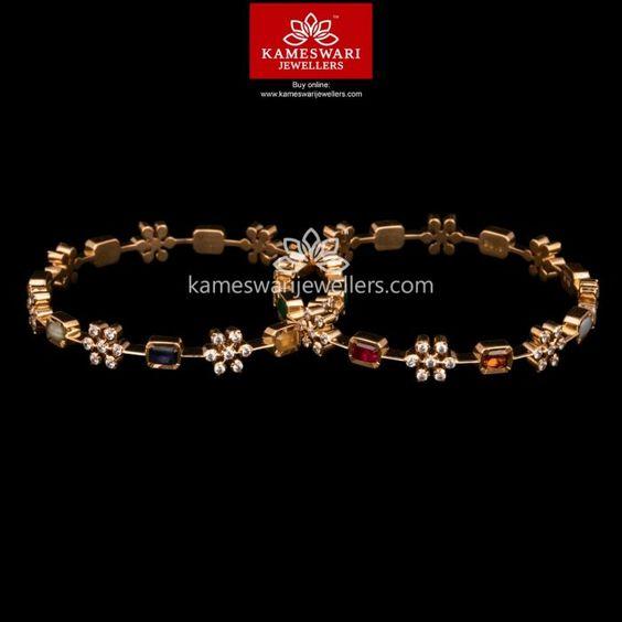 Gold bangle with unique designs4